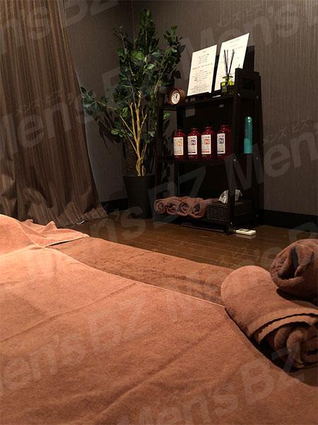 大久保メンズエステ「FREVI(フレヴィ)」の施術部屋の写真1枚目です。