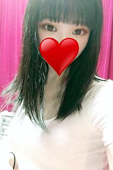 錦糸町にあるメンズエステ「アロマタッタ」のセラピスト「宮田芽衣」さんの写真です。
